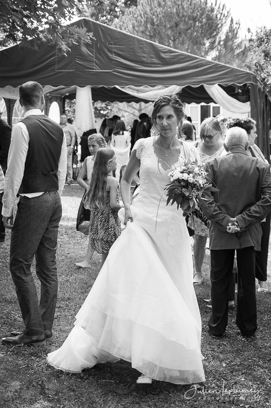 la mariée se promène