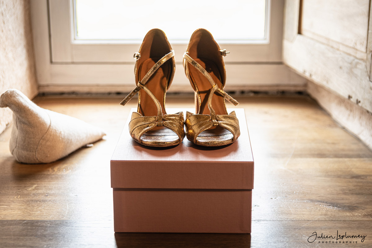 photographe-mariage-detail-chaussure